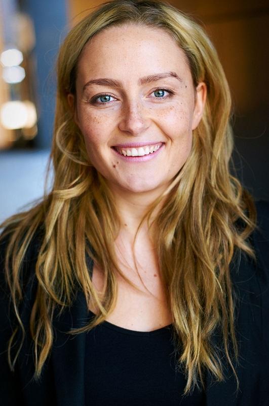 German casting schlank blond teen aus berlin das erste mal beim casting - 2 1